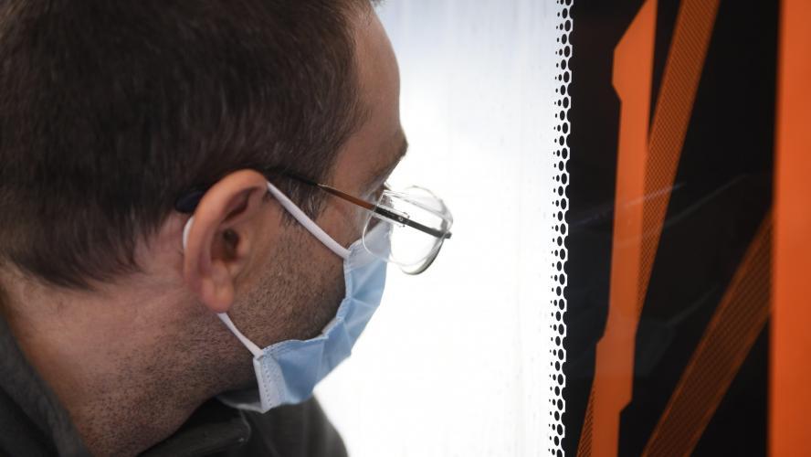En Bretagne, licencié parce qu'il ne portait plus son masque