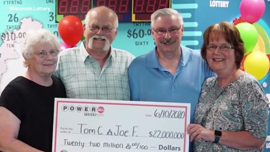 28 ans après leur promesse, deux amis se partagent un jackpot de 22 millions de dollars — États-Unis