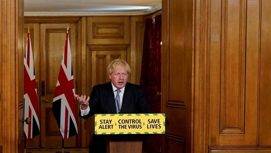 Le Royaume-Uni suspend le déconfinement et impose de nouvelles restrictions locales