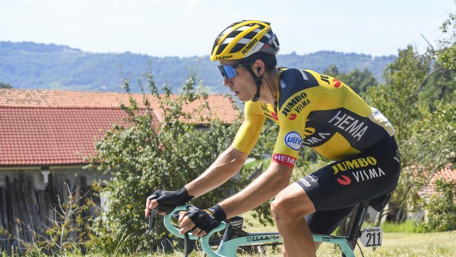 Wout Van Aert s'impose devant Julian Alaphilippe au sprint — Milan-Sanremo