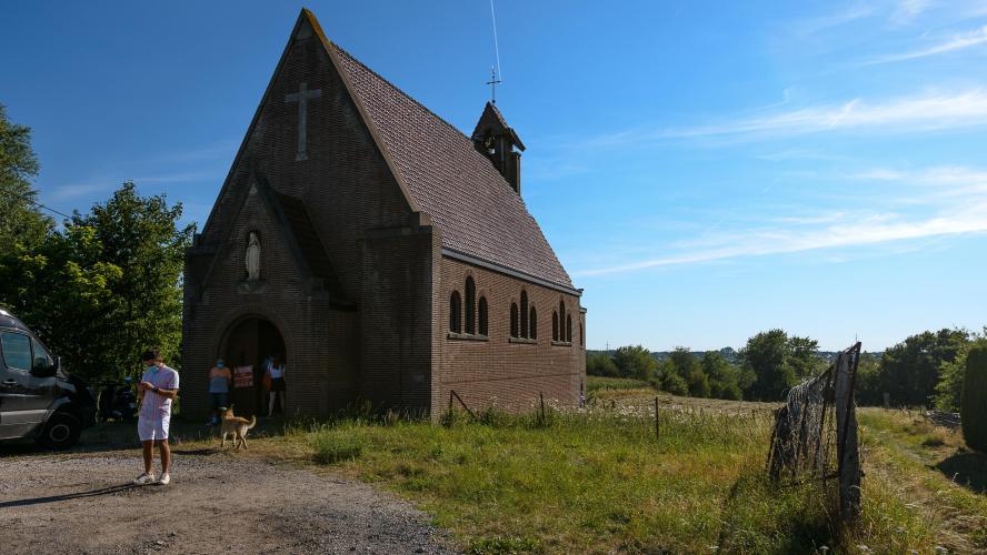 La chapelle a été désacralisée.