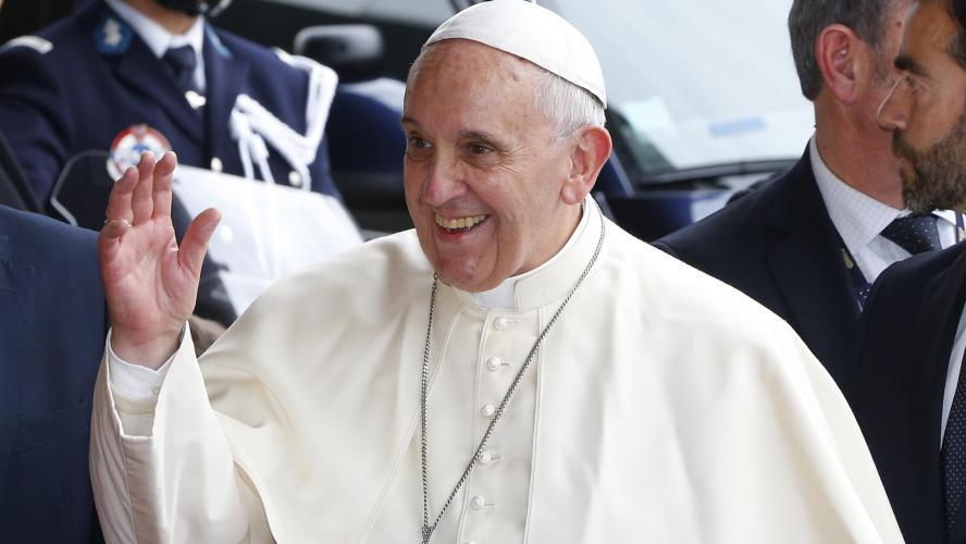 Le pape appelle à ne pas réserver les vaccins contre le Covid-19 aux plus riches