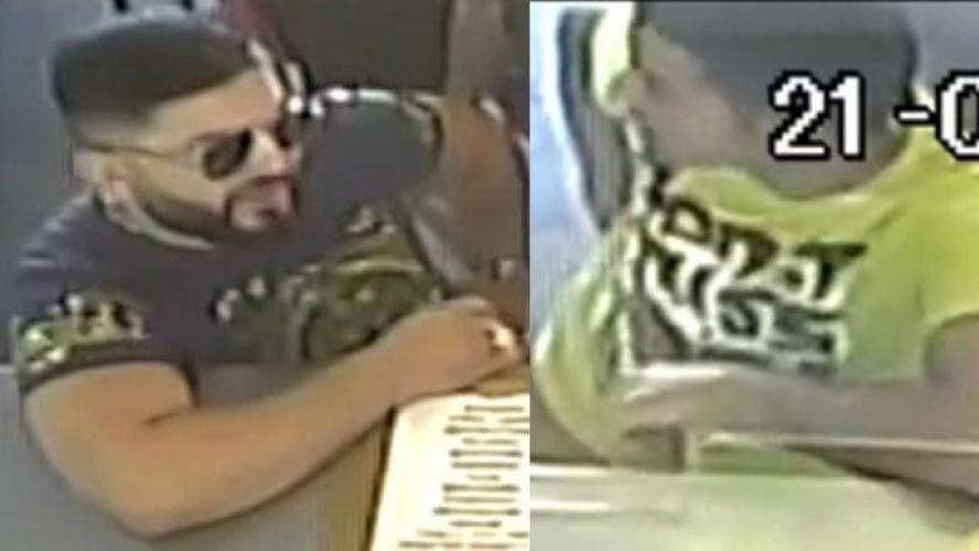 Deux des trois suspects ont été filmés au comptoir.