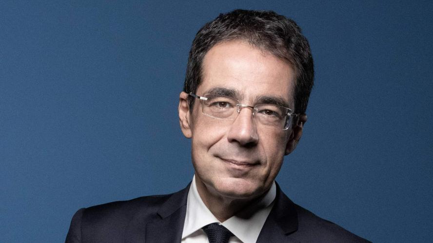 Darius Rochebin, journaliste suisse de LCI, accusé d'agressions sexuelles