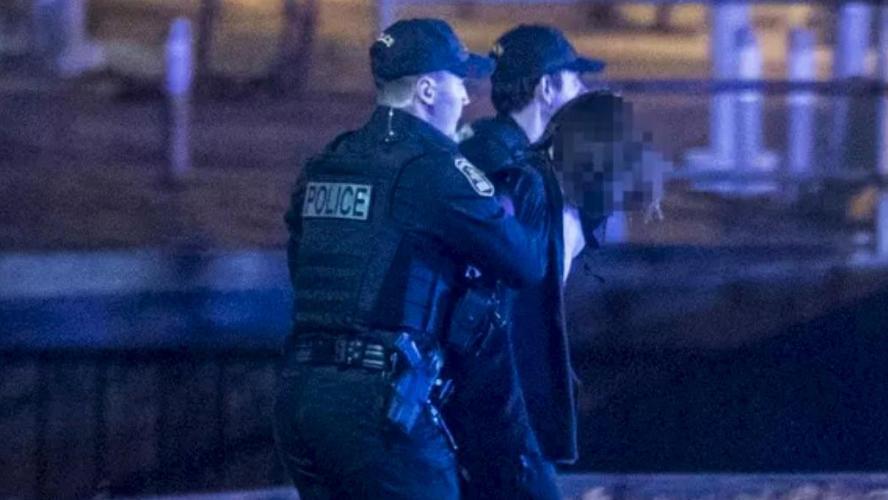 Deux morts et cinq blessés après une attaque avec arme blanche — Québec