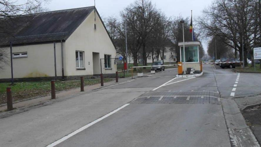 Le militaire est basé à la caserne de Stockem.