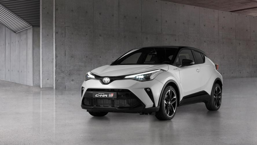 Le Toyota CH-R met son training