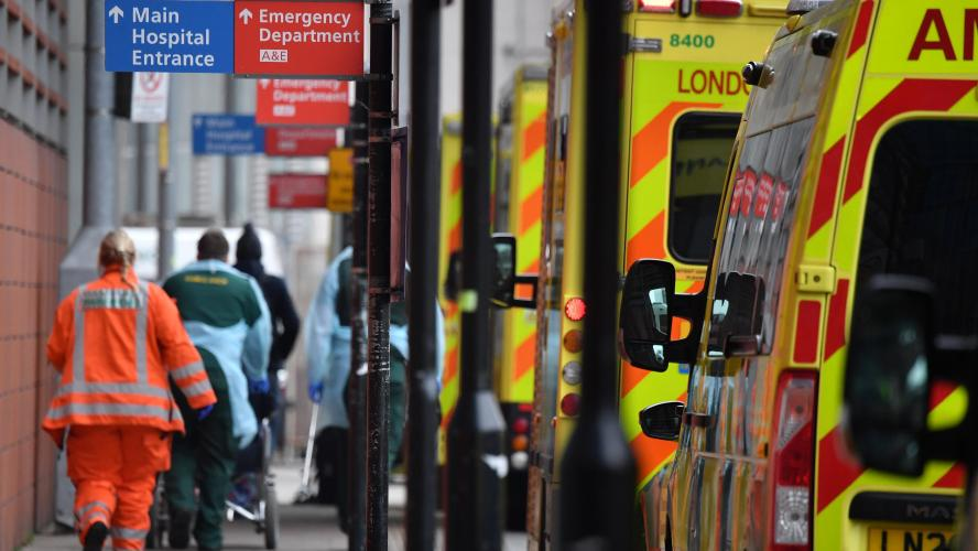 Londres en état d'incident majeur les hôpitaux menacés d'être submergés à Londres à cause du coronavirus