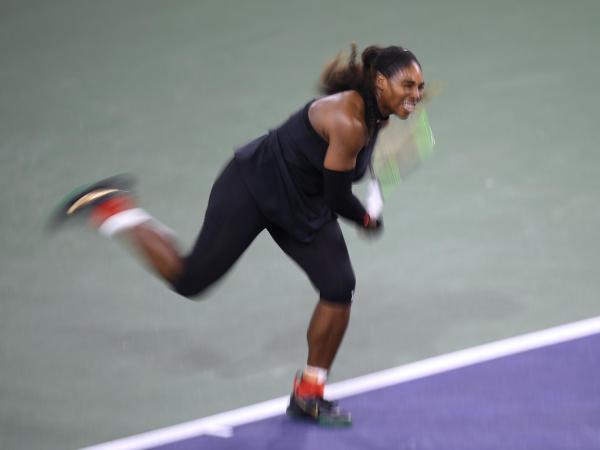 Le comeback de Serena Williams stoppé par Venus — Indian Wells