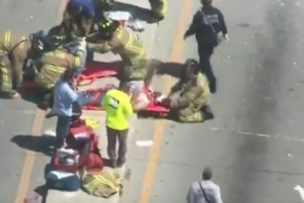 Un pont piétonnier s'effondre sur une autoroute à Miami, plusieurs victimes