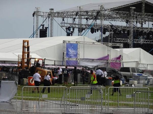 Un violent orage, avant le concert des Backstreet Boys, fait 14 blessés